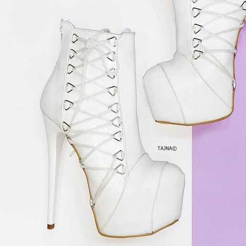 White Patent Detail Side Corset Boots - Tajna Club