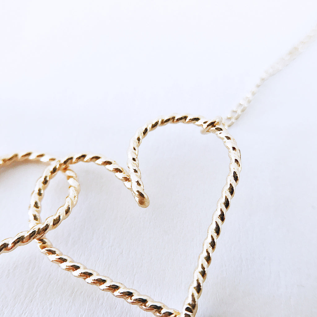Twisted hearts Linked Necklace