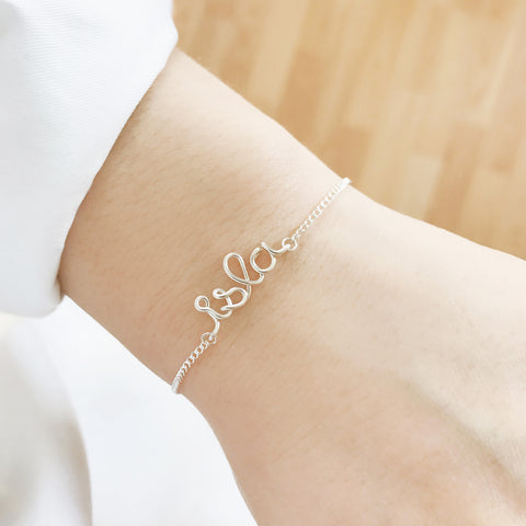 Personalised Isla name wire chain bracelet in Argentium® Silver handmade by Rachel and Joseph jewellery UK
