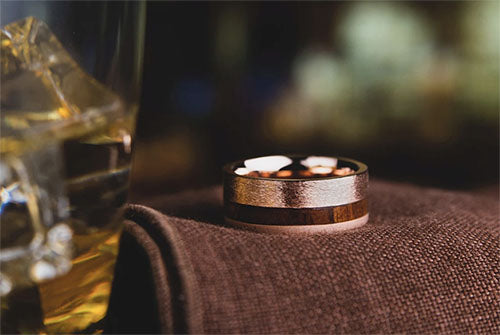the billionaire gold wedding ring