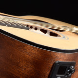 Walden G630CE Natura Solid Cedar Top/Rosewood Grand Auditorium Acoustic Cutaway-Electric - Satin Natural
