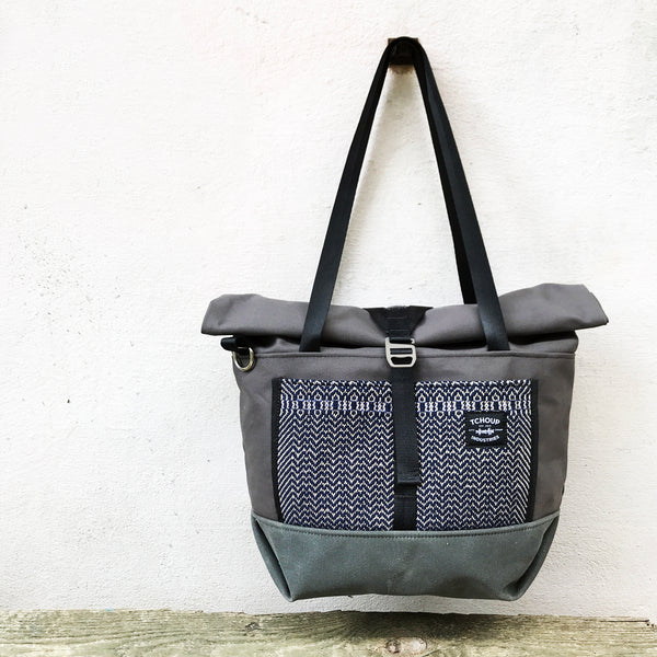 Travel Tote Charcoal w/ Blueberry Woven