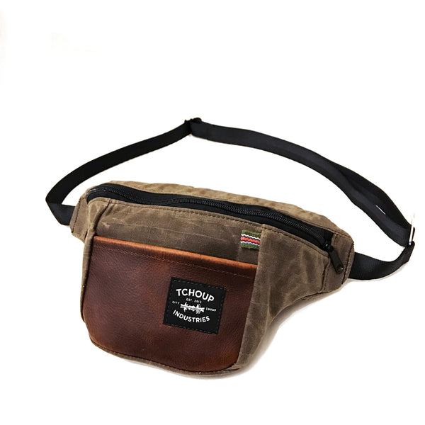 Fanny Pack Oak w/ Leather Panel