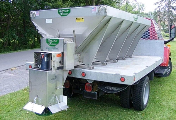 Smith Medium Duty Hopper Spreaders