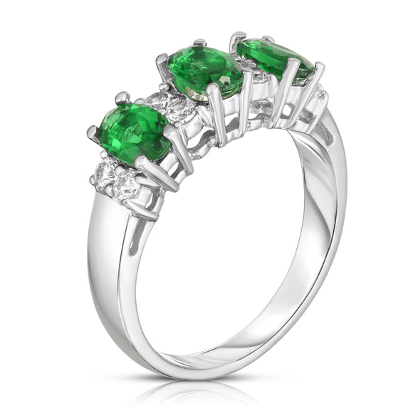 14K White Gold Oval Emerald & Diamond (1/4 Ct, G-H Color, SI2-I1 Clarity) Ring