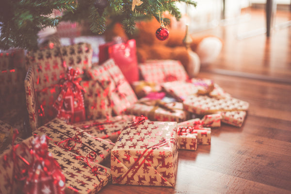 The Guide to Hassle-Free Holiday Gift Buying by Mother E