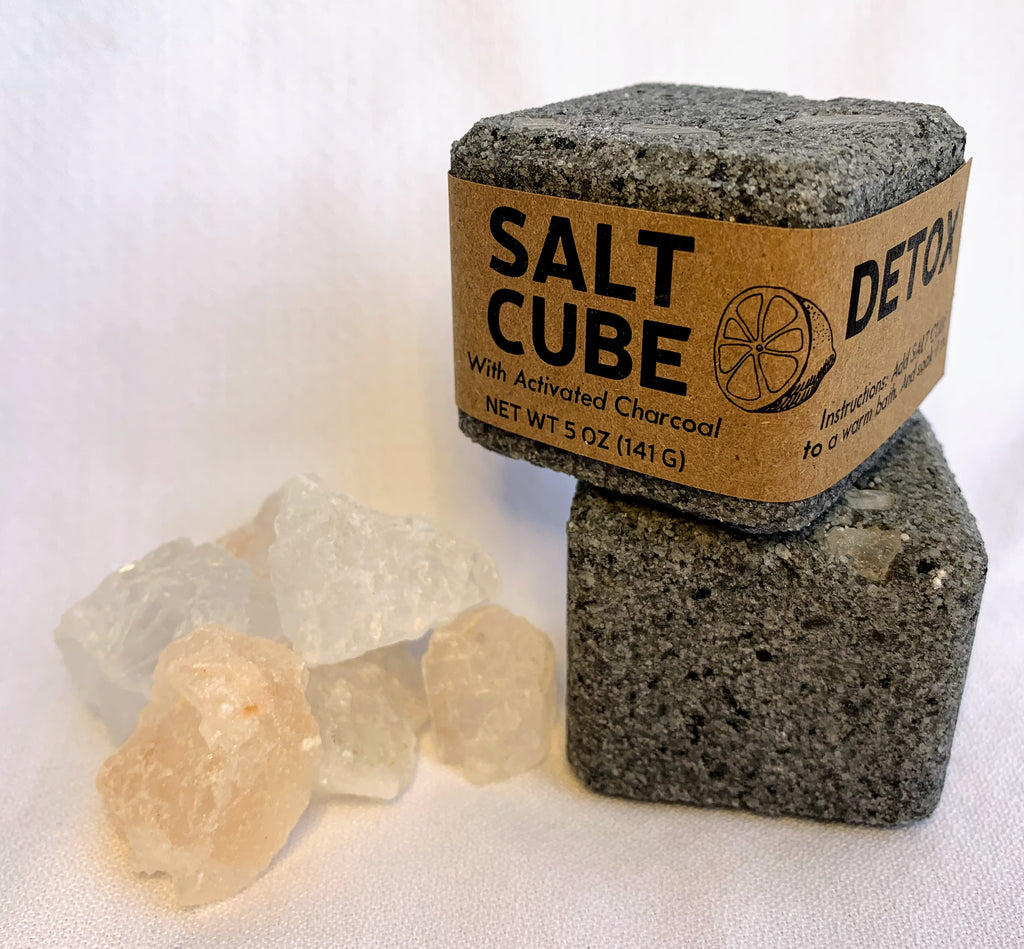 Making Salt Cubes with Ecologically Friendly Packaging for a Therapeutic Bath