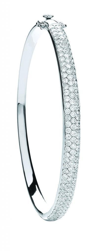 18ct White Gold 3.15ct Pave Set Diamond Bangle