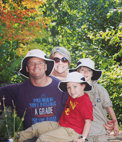upf50 broad brimmed hat family picture