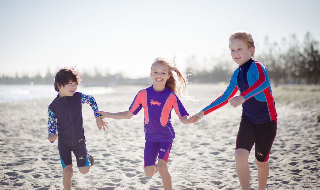 UV beachwear kids running