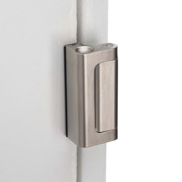 Image Of Security Door Guard -  Heavy Duty - Satin Nickel Finish - Harney Hardware