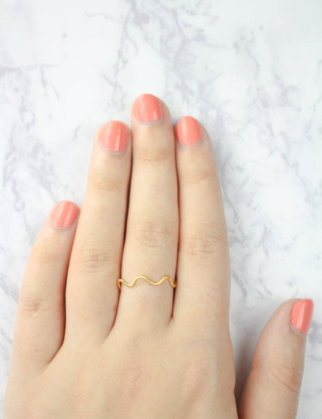 Twisted Zigzag Ring