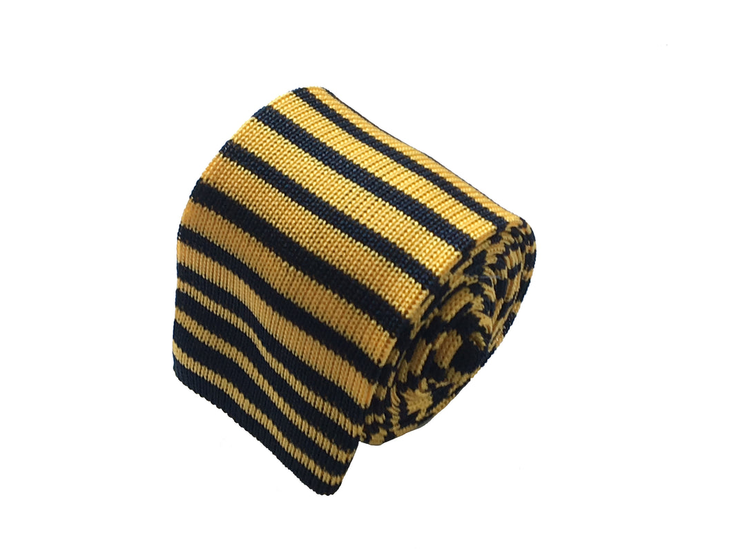 Knitted tie with navy and yellow stripes - Alserio - Antica Seteria Comasca, Cravatta - Antica Seteria Comasca, Antica Seteria Comasca - Antica Seteria Comasca, seteriacomasca - Antica Seteria Comasca