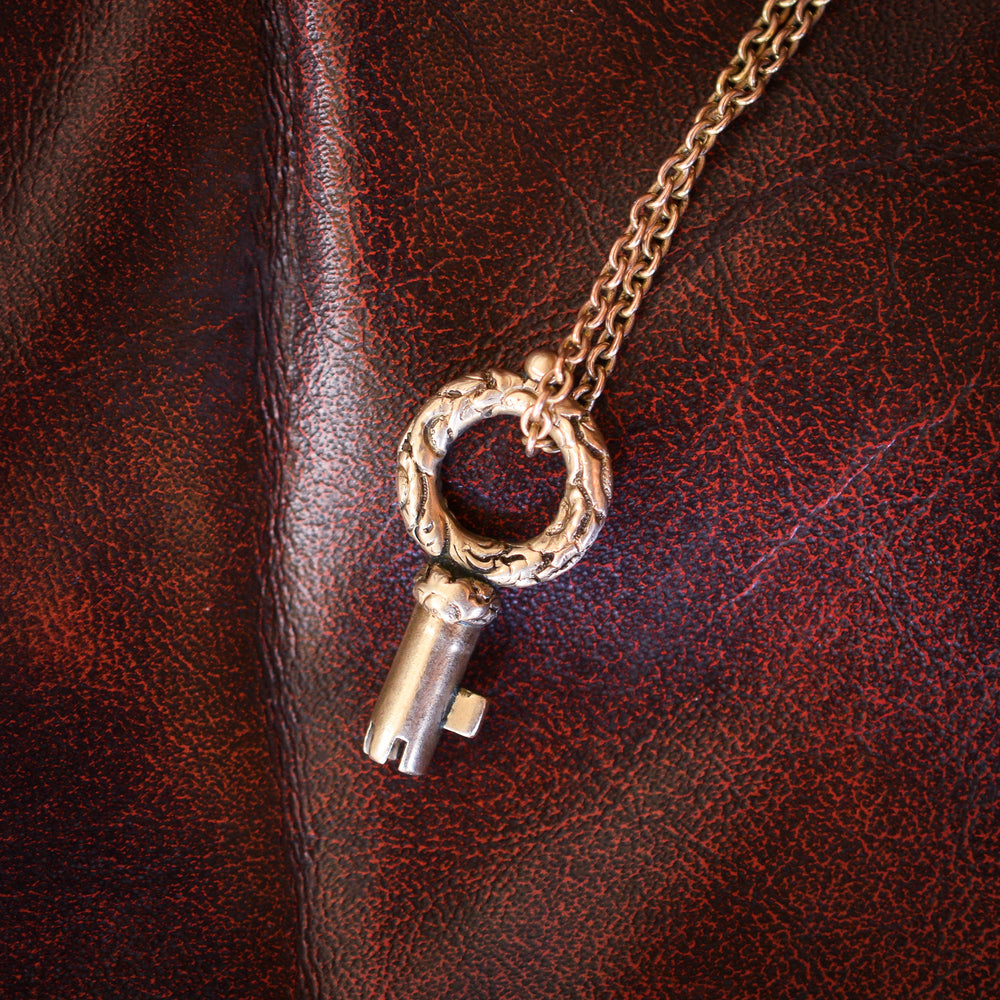Georgian Gold Bramah Key Pendant