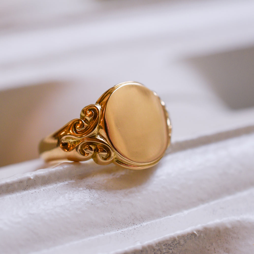 Edwardian 18k Gold Signet Ring