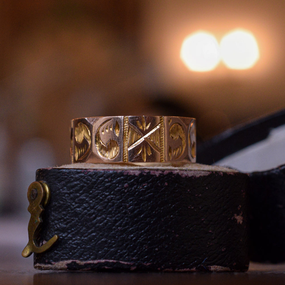Victorian Chased Gold Cigar Band