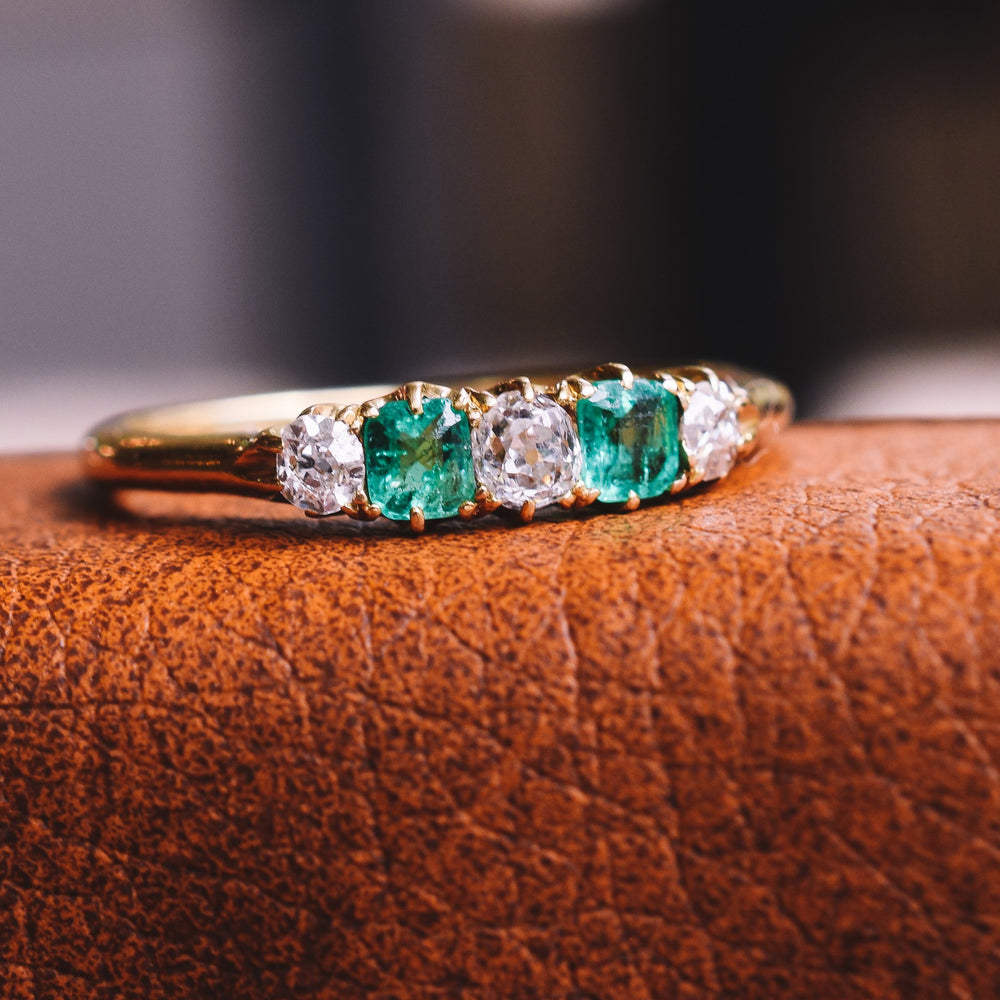 Edwardian Diamond & Emerald 5-Stone Ring