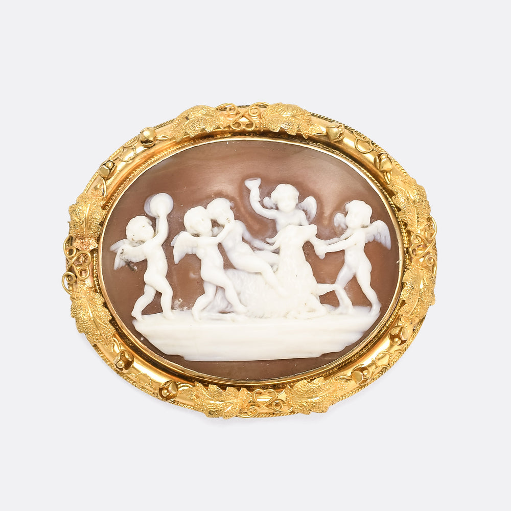 Early Victorian Bacchanal of Putti Cameo Brooch
