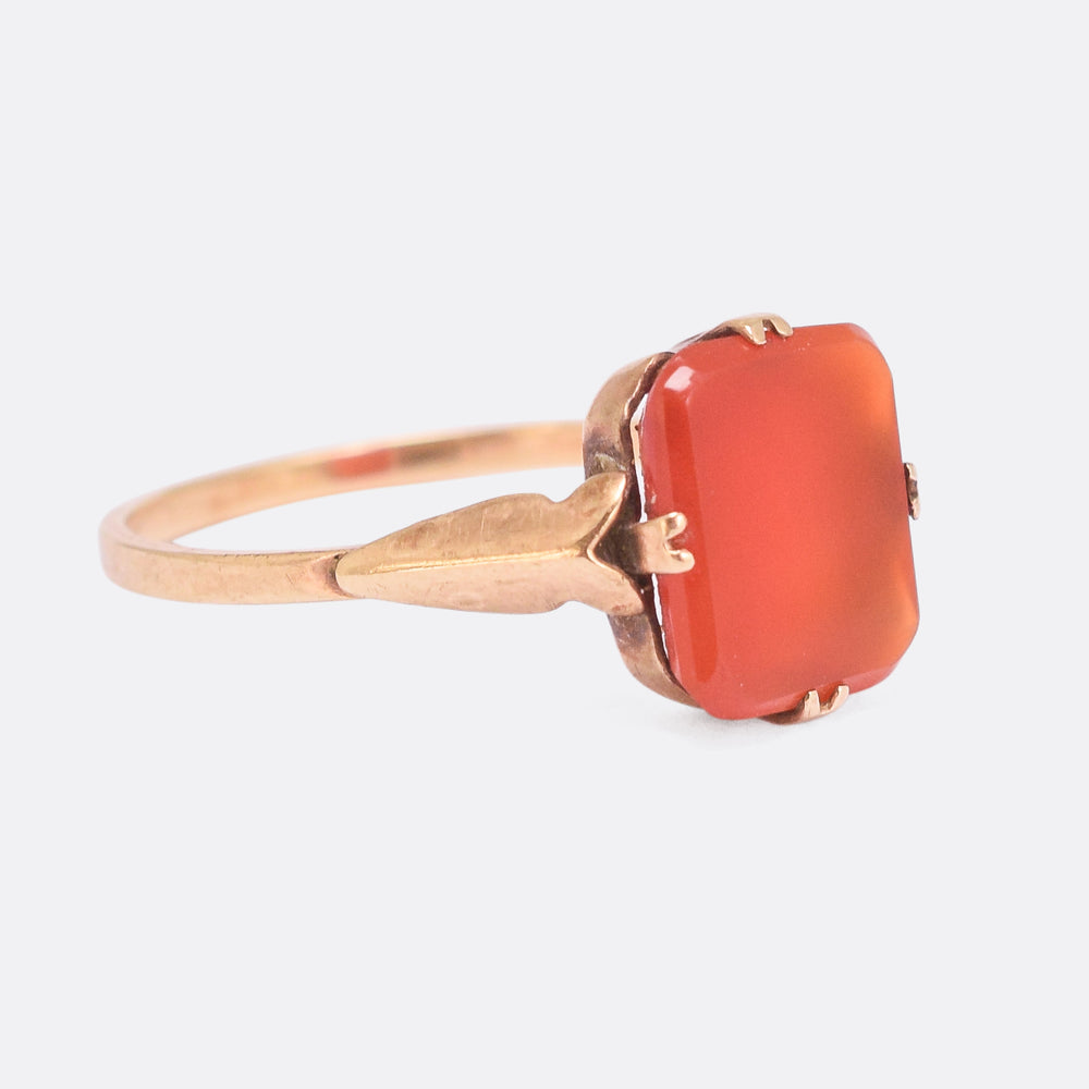 Late Victorian Carnelian Agate Signet Ring