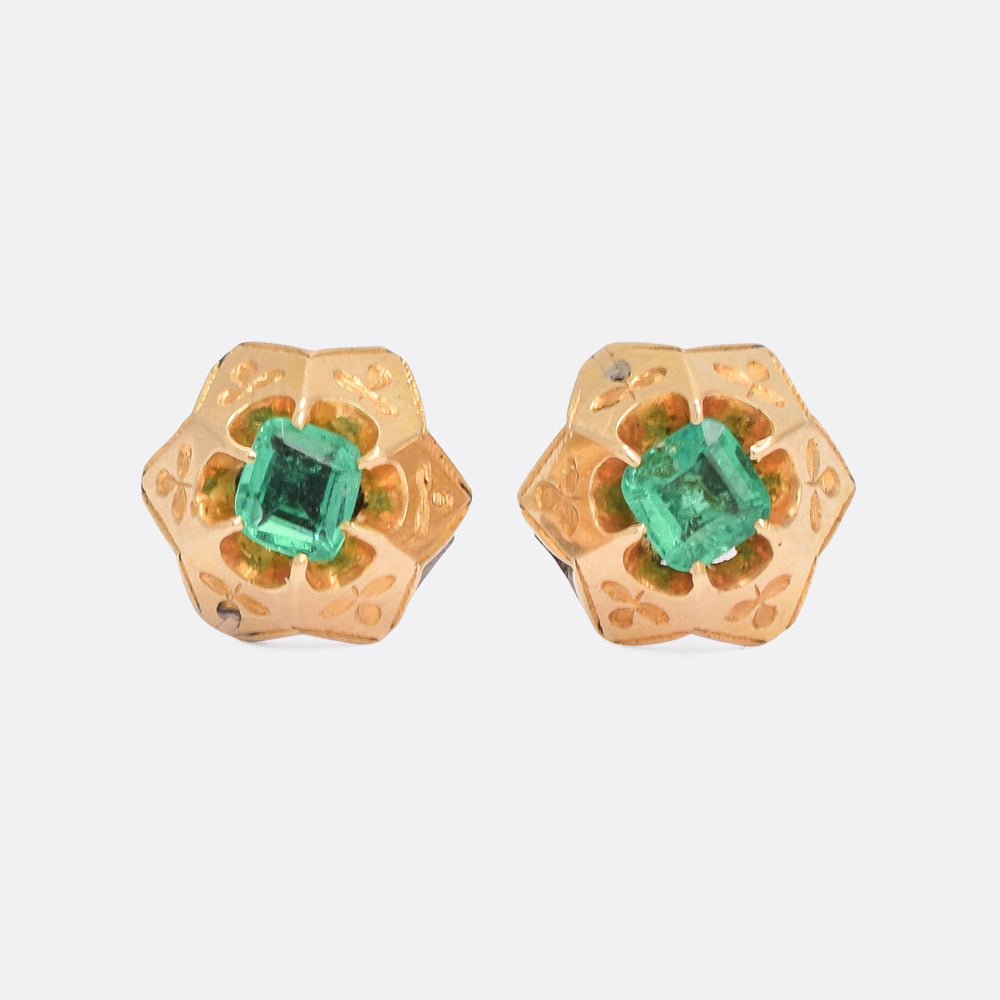 Victorian Emerald Star Stud Earrings