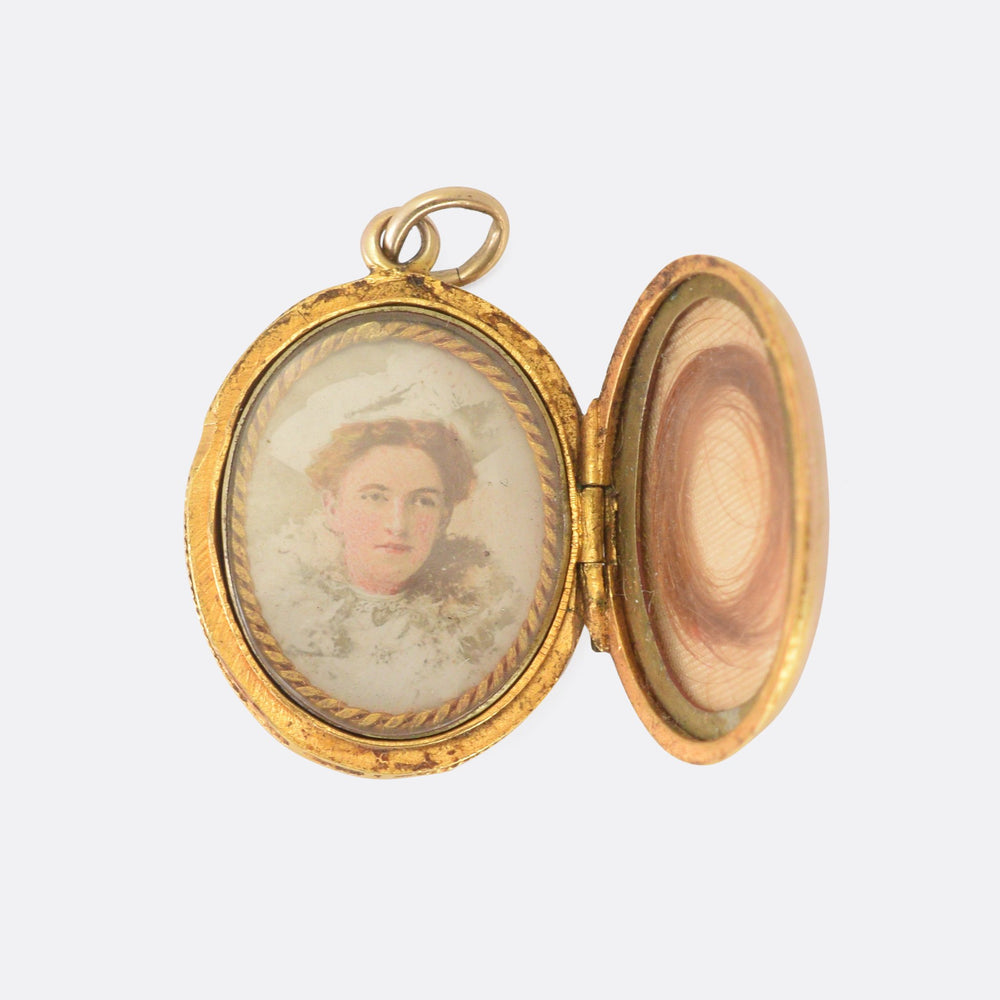 Victorian Gold Anchor Locket