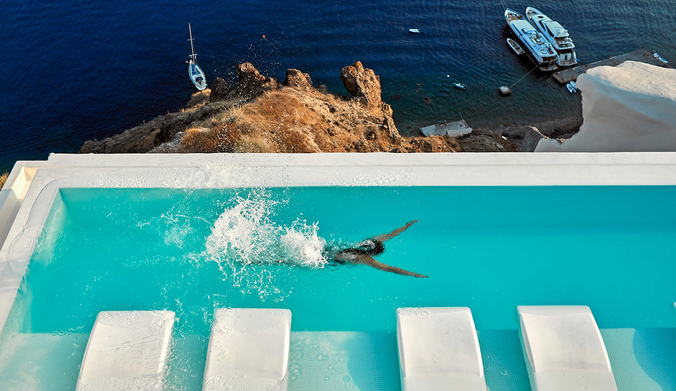 Swimming pool in Canaves Oia Suites