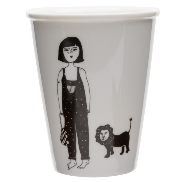 Porcelain cup - 'Girl with Cub'