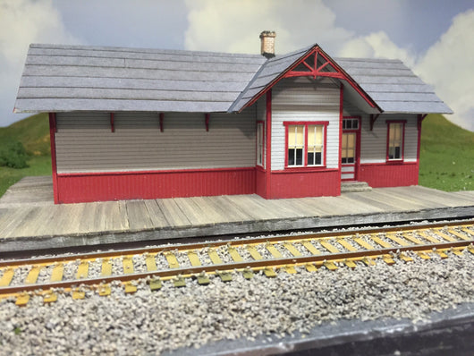 HO Scale Station at Pearre