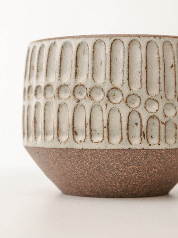 Lines and Dots Dora Vessel in Almond