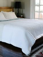 White Cotton and Silk Quilt