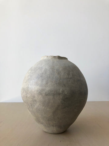 Dove Amphora with Brushed Slip