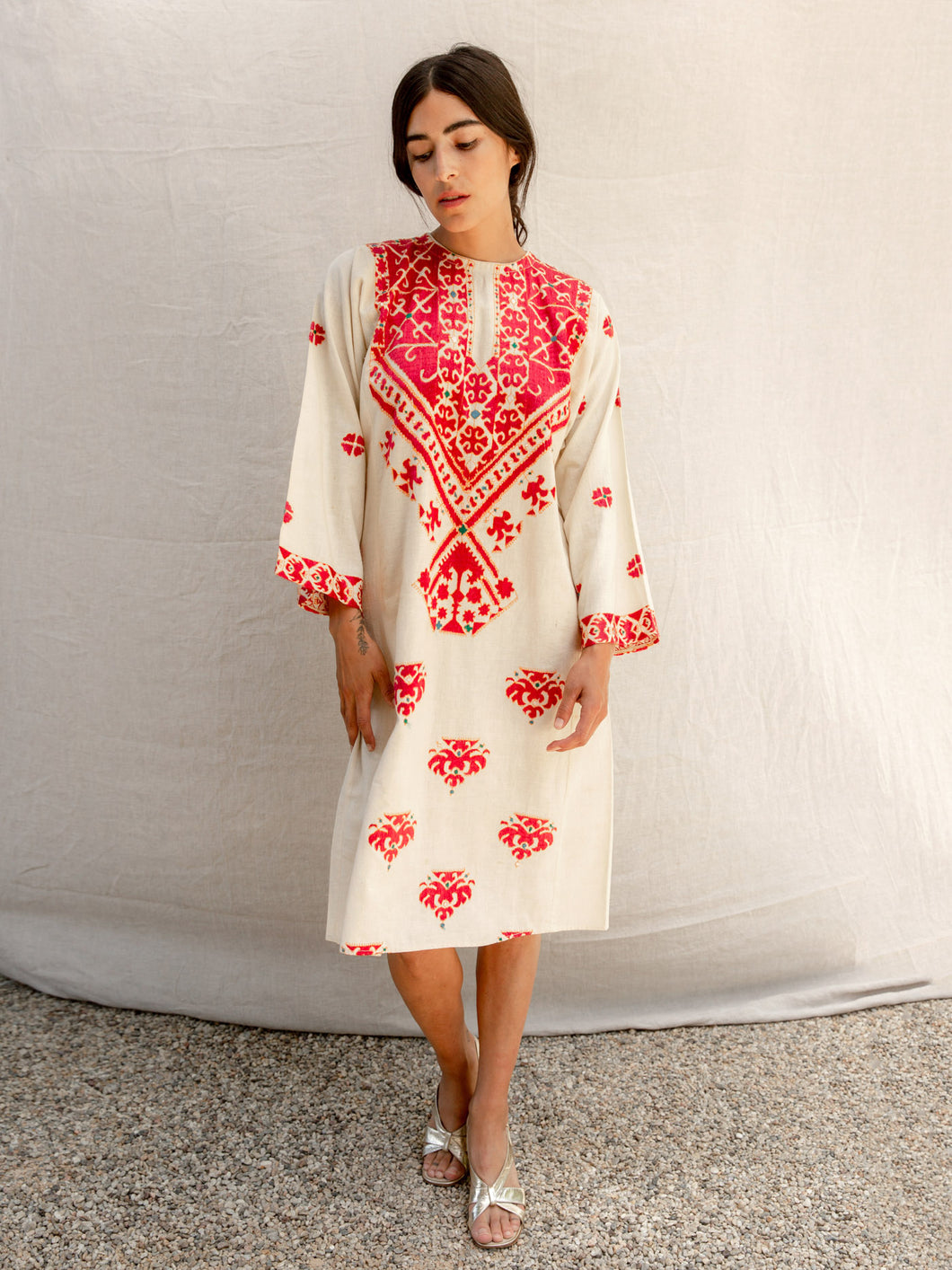 Vintage Embroidered Kaftan Dress
