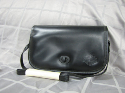 DETACHABLE WINDSHIELD HANDBAG