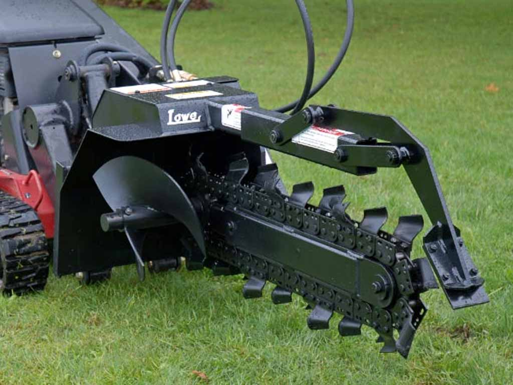 LOWE XR7 TRENCHER, (SSL)(CTL)(ML)
