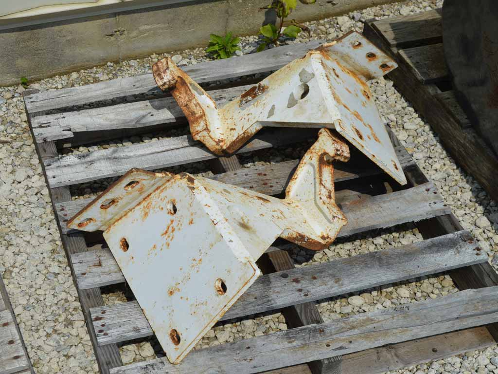 BOBCAT BACKHOE MOUNTING BRACKETS (SSL)