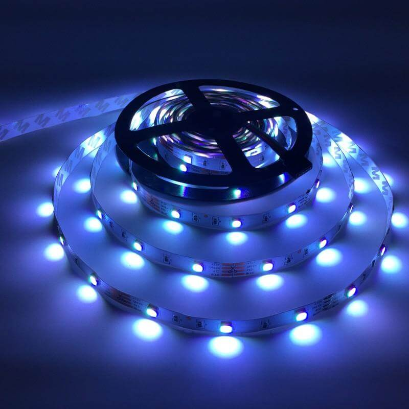 Color Changing Led Light Strips: Color Changing LED Light Strip With Remote