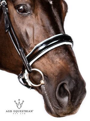 Rolled Cavesson Noseband | B&W | Patent | Some Wrinkling