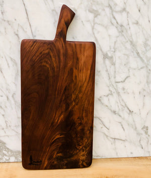 Lassen - Large Walnut Cutting & Cheese Board
