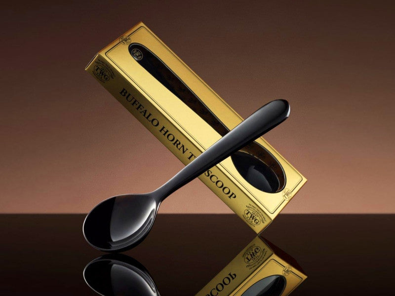 TWG Tea Buffalo Horn Tea Scoop in Black