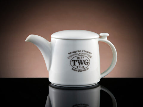 Design Teapot in White, 900ml