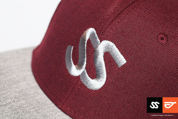 ss-snapback-silver-embroidered-logo