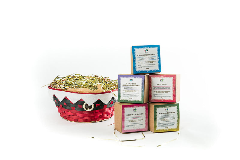 products/Basket_display_bath_bombs_web.jpg