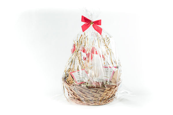 Deluxe Delight Gift Basket - Soy Wax Candle, Bath Bombs, Chocolate Almonds, and Nuts