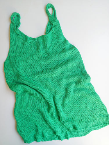 Ladies size 8-10 soft knit long line singlet