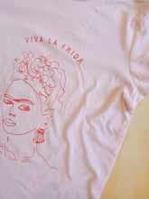 Ladies Viva La Frida T-shirt. Pink