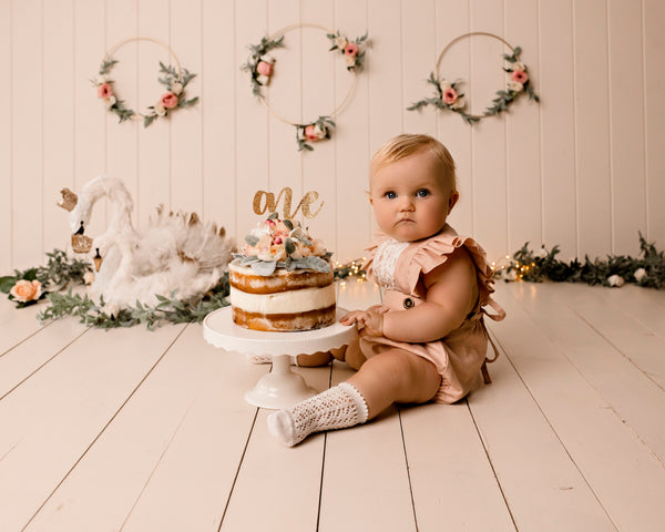 Ellowyn's first birthday cake smash