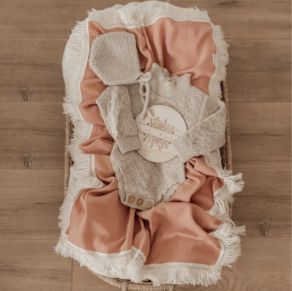 CORAL SWADDLE WITH NATURAL FRINGE
