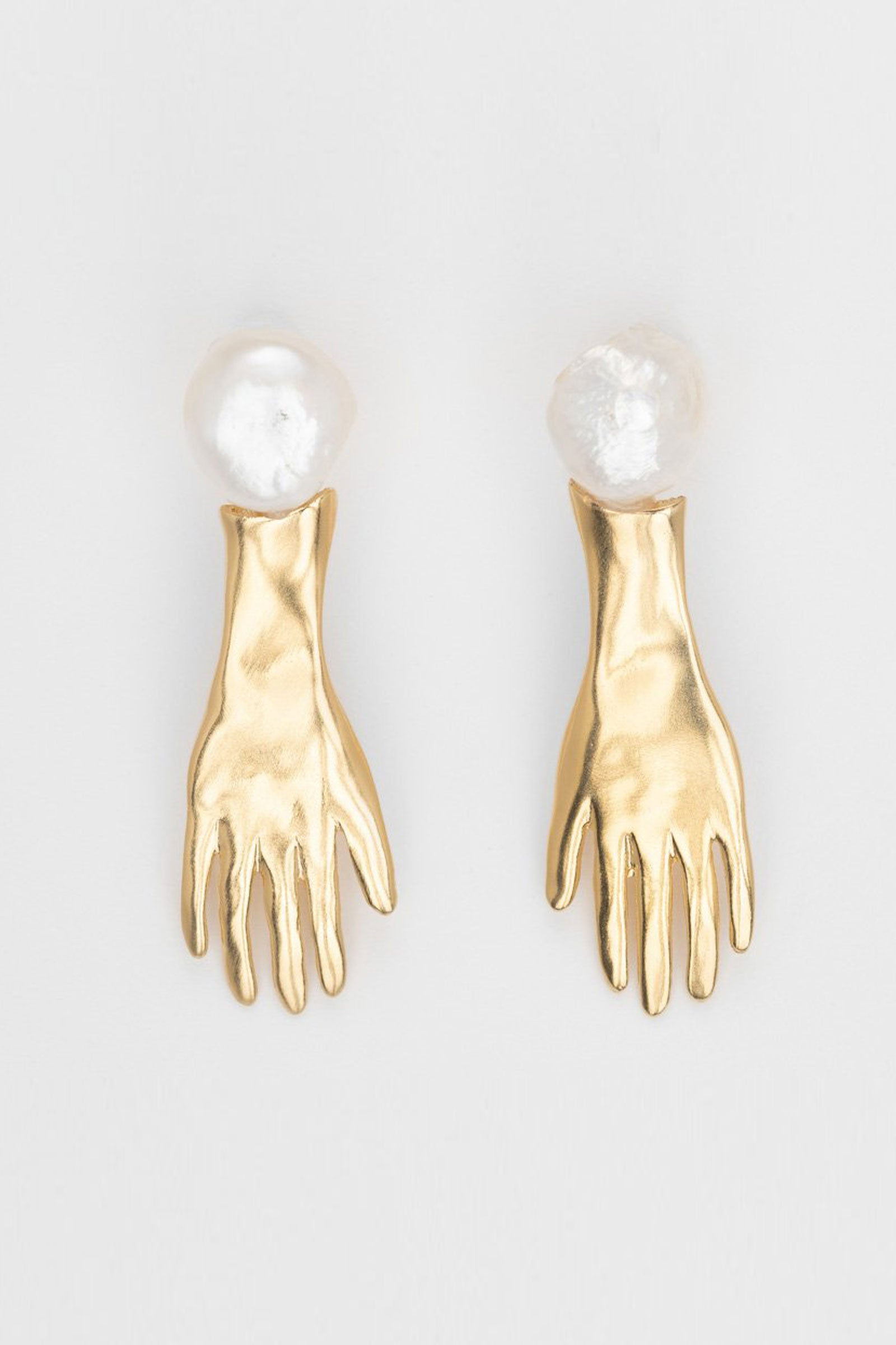 The Pearl White Spirit Silver Earrings