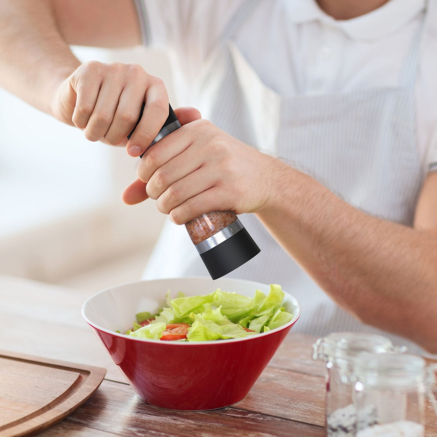 Dual salt and pepper Mill with adjustable Ceramic Grinder for the best Kitchen and dining experience