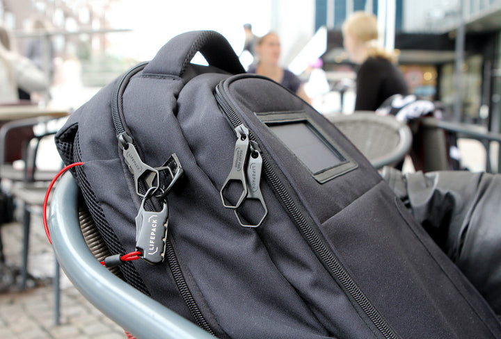 Why Messenger Bags Are Failing Commuters